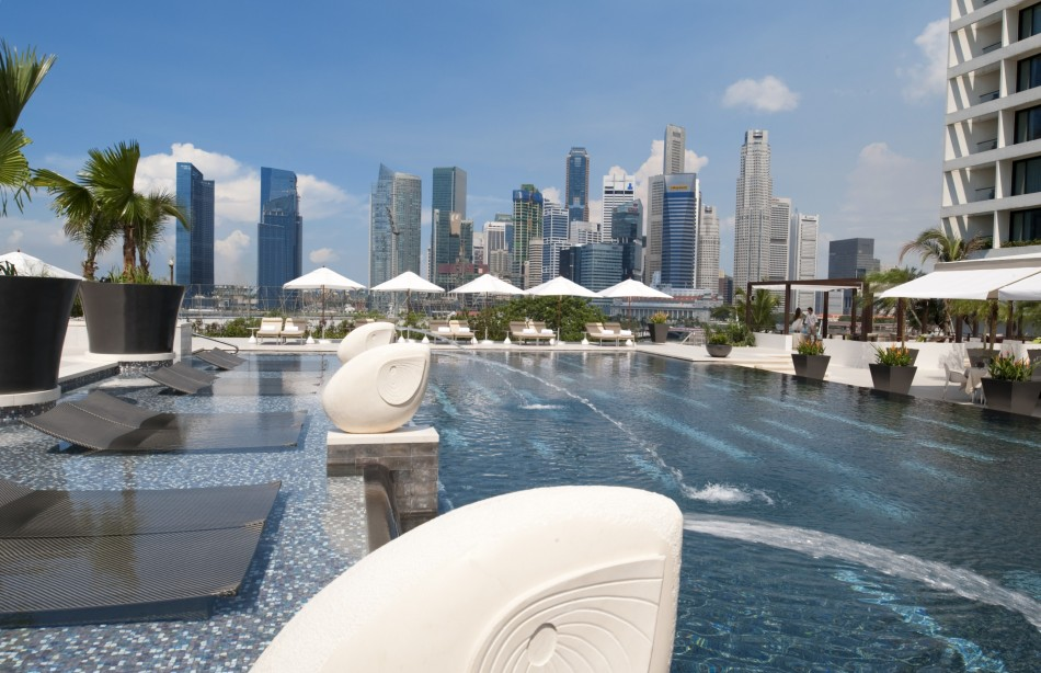 MOSpore_Outdoor Pool Overview
